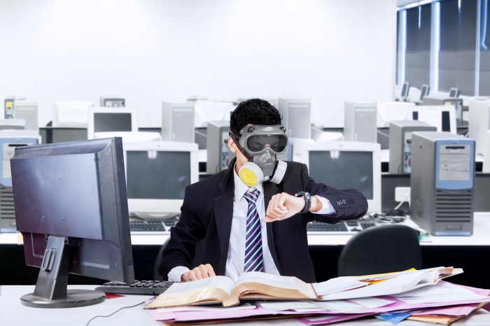 0528mm55395-worker-gas-mask-office.jpg